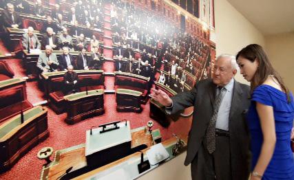 專訪法國參 議院前議長彭斯萊